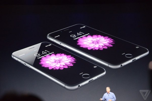 Apple IPhone 6, IPhone 6 Plus and a smartwatch