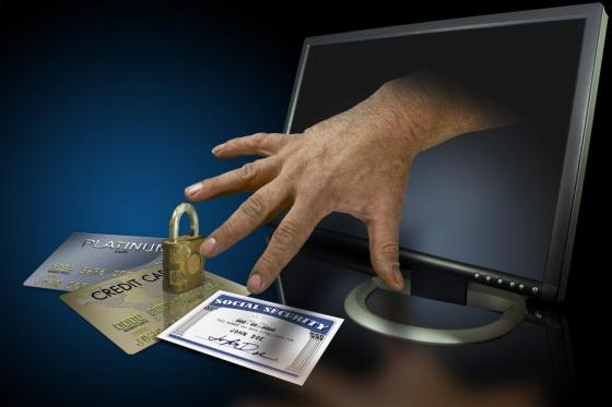 How to keep yourself safe from Online scams and Identity Theft